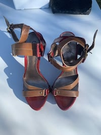 Size 6 coffee & deep red strappy heels sandals Pharr, 78577