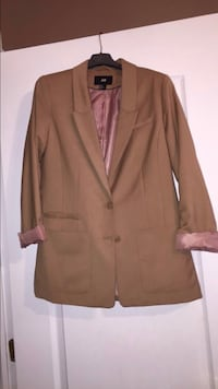 brown notch lapel suit jacket Laval, H7W 5M9