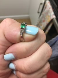 Sterling silver ring with real emerald Washington, 20008
