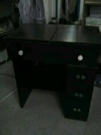 Sewing machine cabinet Spokane, 99208