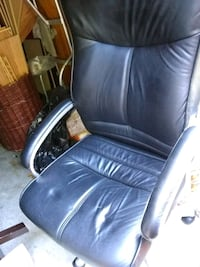Leather desk chair Alexandria, 22315