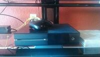 Xbox One with controller and multiple games Fort Pierce, 34947