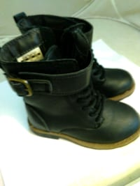Carters size 6 youth leather winter boots Woburn