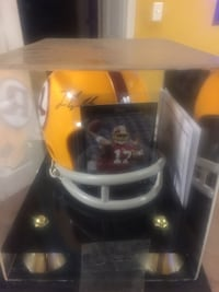 Authentic Jason Campbell autographed mini helmet with certificate of authenticity  34 mi