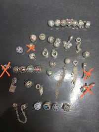 NEW I'M SELLING ALL MY PAN.CHARMS COLLECTION  Montréal, H1S 1N8