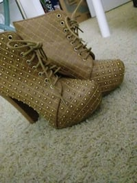 Charlotte Russe Wedge Booties (Size 8) Ashburn, 20147