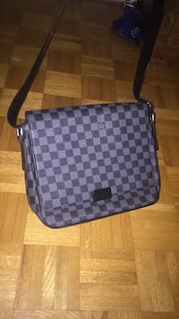 LV Messenger Bag Crossbody 554 km
