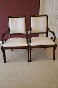 2 Chairs Kingsville, 21087