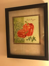 Decorative framed veggie pictures (2 pictures)