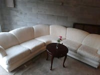 Beautiful sectional w table ( we can deliver ) Omaha