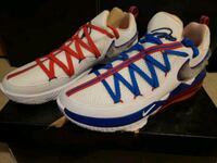 Lebron 17 Low Tune Squad size 12 Mississauga, L5R 4G6