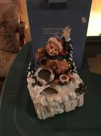 two brown bear figurines with Christmas tree Gaithersburg, 20879
