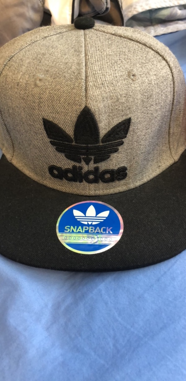 Used Adidas Cap for sale in リバモア - letgo c7f2e674f9d