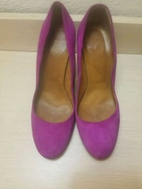 pair of pink suede pointed-toe heeled shoes San Antonio, 78219