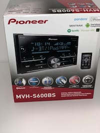 Pioneer 2-DIN car stereo head unit box Washington, 20019