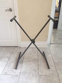 Piano stand  Vaughan, L4H 2S4