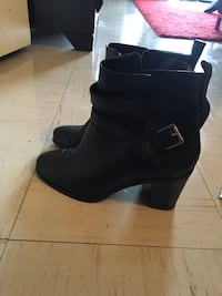 Ralph Lauren black leather booties Vancouver, V6G 2H1