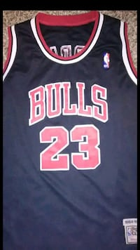black and red Chicago Bulls 23 jersey El Monte, 91734