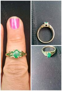 10k yellow gold ring with beautiful green stones Louisville, 40202