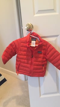 12 month patagonia. winter jacket Chantilly, 20152