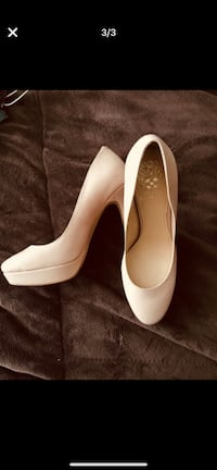 Vince Camuto high heels size 8. Used once inside the house. Chula Vista, 91910