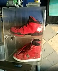 red-and-black Nike basketball shoes Los Angeles, 91605