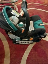 baby's black and teal car seat carrier Silver Spring, 20906