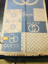 Gorgeous Gucci scarf in 100% cashmere Toronto, M1P 4V3