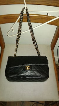 black leather quilted chanel bcrossbody bag Toronto, M6S 5A3
