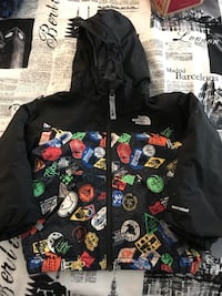 North face jacket 3T P/U OAKVILLE