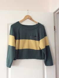 Ladies green and yellow stripe fleece crop top sweater 多伦多, M1W 3A9