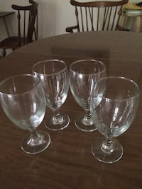 four clear long-stem wine glasses Ashburn, 20148