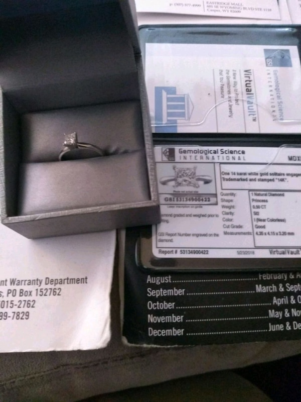 White gold certified with ring with box
