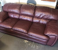 Gorgeous Reddish Brown Couch! FREE DELIVERY!  Las Vegas, 89141