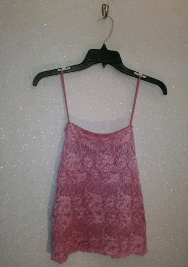 PINK LACE CAMI  8a0cd518-1acb-4208-82c8-c8b804e2d562