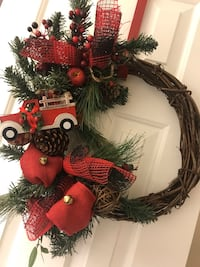 Christmas wreath- red truck 41 km