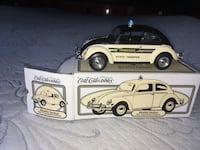 two white and black car die-cast models Ringgold, 30736
