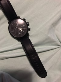 round black chronograph watch with black leather strap Laval, H7G