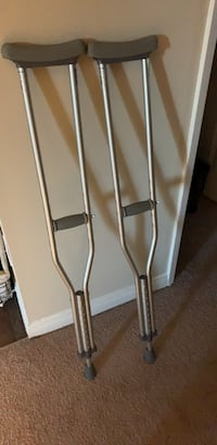 crutches Costa Mesa, 92627