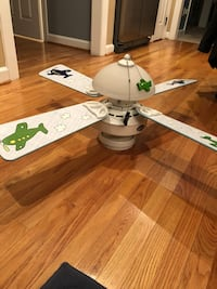 white and green 4-bladed ceiling fan with dome light Manassas, 20112