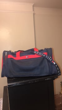 blue and red duffel bag New Orleans, 70121