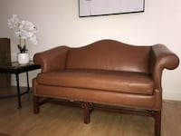 Brown leather loveseat Wilmington, 19801