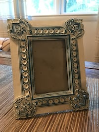 Decorative carved wood picture frame Mc Lean, 22101
