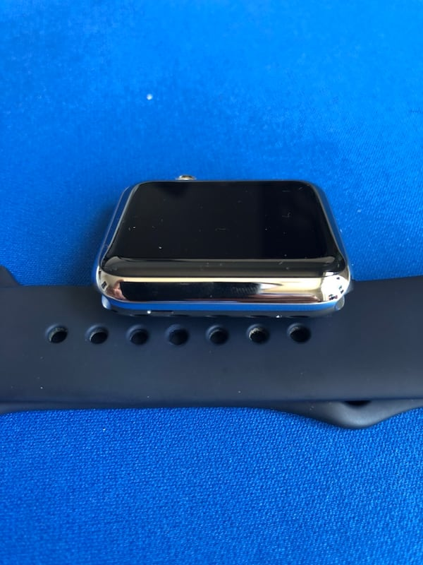 Apple Watch Series 1 Stainless Steel - BRAND NEW 4c8eb3e3-4b9c-4faa-80f6-bb60b67d4e30
