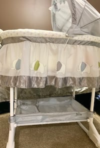 Barely Used New Baby Bassinet