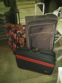 Rolling suitcase luggage $5 set of 3