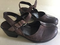 Brown Boc shoes, great for fall and winter. Slightly used( size 8) Columbia, 17512