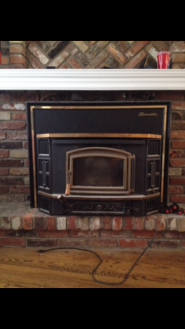 Used Wood Burning Stove Insert Has A Blower For Sale In Toronto