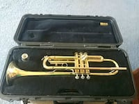 Bach Trumpet (Model 1530) w/ Selmer Case Tallahassee