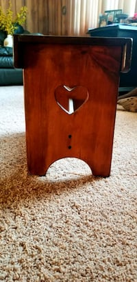 Heart wood side table